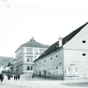 Severní část Rosmarku (Smetanova náměstí) s divadelní budovou
