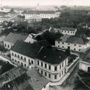 Prostor mezi děkanstvím a klášterem před výstavbou gymnázia, SOkA Havlíčkův Brod