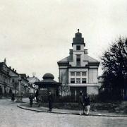 Sborová budova krátce po dokončení, konec 20. let 20. století