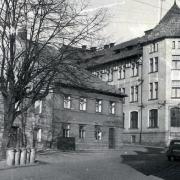 Budova pošty s pohledem na Smetanovo náměstí, 50. - 60. léta 20. století