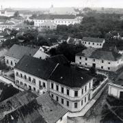 Část Horního předměstí se sirotčincem a opatrovnou před výstavbou školních budov, před 1907, SOkA Havlíčkův Brod