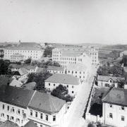 Ulice Školská a Gymnazijní mezi lety 1909-12