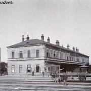 Pohled na výpravní budovu, kolem 1900